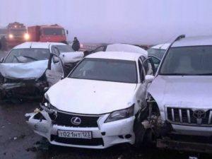 25 автомобилей столкнулись в Адыгее
