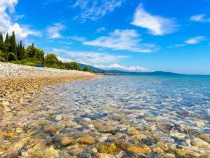 Посетить Абхазию