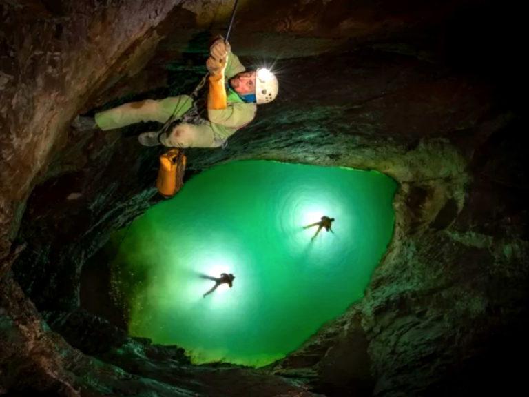 Абхазия пещеры